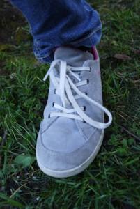 In drei angesagten Farben ist der Lowa Palermo Kids Lo Kinderschuh erhältlich.  foto (c) kinderoutdoor.de