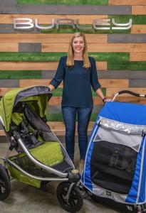Allison Coughlin von Burley gibt wertvolle Tipps zum Thema Kinderanhänger. Wann darf ein Anhänger an das E-bike oder warum ist es besser, wenn das Verdeck zu ist..... Foot (c) burley
