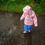 Kamik Kinder Regenjacke Ditsy Flower: Ein Hingucker an grauen Tagen
