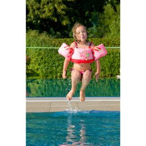 Die Schwimmlernhilfe Puddle Jumper Deluxe von Sevylor vereint die Vorteile einer Schwimmweste mit denen der Schwimmflügel. foto (c) kinderoutdoor.de
