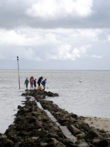 Campen mit Kindern: An der Nordsee finden die Kinder schnell Anschluss an Gleichaltrige. Foto (c) Kinderoutdoor.de