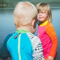 Isbjörn of Sweden überrascht in diesem Jahr mit Swimwear für Babys, Kinder und Jugendliche.   foto (c) isbjörn of sweden