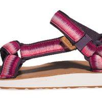 Die Teva Sandale Original Universal Ombre überzeugt mit ihrer Vielseitigkeit. Foto (c) Teva