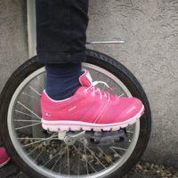 Vicking Maverick GTX: Einradfahren ist damit ganz leicht. Um exakt zu sein: 278 Gramm bei Schuhgröße 31.   foto (c) kinderoutdoor.de