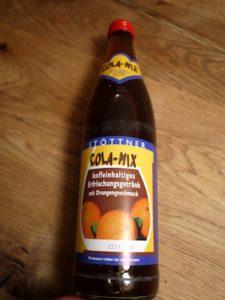 Cola-Mix von der Privatbrauerei Stöttner. Handwerklich gut gebraut, aber zu süß und ein wenig zu viel Farbstoff.  foto (c) kinderoutdoor.de