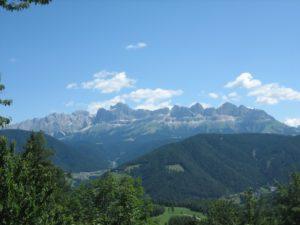Wandern mit Kindern in Südtirol: Es müssen nicht immer die schwierigsten Gipfel sein.  foto (c) kinderoutdoor.de