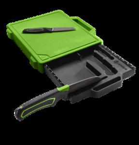 Gerber Messer lassen sich am integrierten Schleifstein vom Freescape Camp Kitchen Kit. foto (c) Gerber