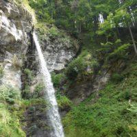 Beim Wandern mit Kindern bei Sattendorf kommt als zweiter Wasserfall der wilde Kesselfall.   Foto © kinderoutdoor.de