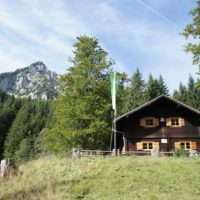 Seit 2016 gehört die DAV Fritz-Putz-Hütte zu den besonders Familiengeeigneten Hütten.   foto (c) kinderoutdoor.de
