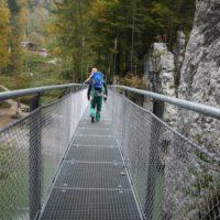 Familientour auf dem Schmugglerweg: Unter uns rauscht die Tiroler Ache.   foto (c) kinderoutdoor.de