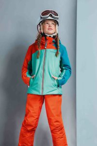 Schöffel Kinderjacke für Mädchen, die auch auf der Piste mit ihrem Style überzeugen wollen: Le Havre ist für den Winter ein wunderbares Kälteschutzmittel.  foto (c) schöffel