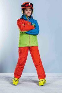 Schöffel Kinderskijacke: Mit Tours auf Tour! Bei solchen knalligen Farben gilt das alte Skifahrer Motto: Bunter kommen sie immer!  Foto (c) schöffel