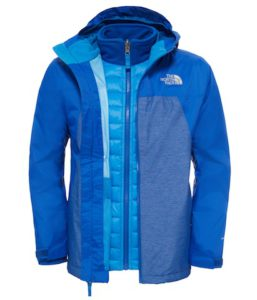 Kinderjacke The North Face Jungen Thermoball™ Triclimate® Jacke ist für Outdoorkids, die das ganze Jahr draußen unterwegs sind.  foto (c) the north face