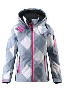 Reima Winterjacke Frost: Eine Skijacke für kleine Pistenjacke mit vielen hilfreichen Details. foto (c) kinderoutdoor.de