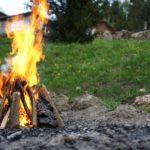 Schokobanane am Lagerfeuer: Ein süßes Outdoorrezept!