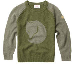 Fjällräven zeigt mit dem Kids Fox Sweater, dass Strickpullis zeitlos elegant und praktisch sind.  foto (c) fjällräven