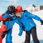 Reima Winterjacke und Schneeanzug: Gut eingepackt auf den Schlittenhügel