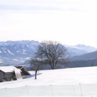 Berghütten für Familie im Winter: Weit weg vom Trubel und die pure Idylle im Schnee erleben.   foto (c) kinderoutdoor.de