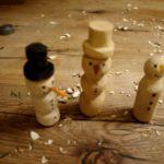Schnitzen mit Kinder: Einen Schneemann