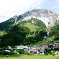 Wandern mit KIndern in Liechtenstein. Im Wintersportort Malbun beginnt die Route 66.  foto (c) kinderoutdoor.de