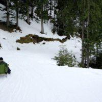 Rodeln mit Kinder: Die längste beleuchtete Rodelbahn der Welt befindet sich am Wildkogel im Salzburger Land.  foto (c) kinderoutdoor.de