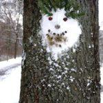 Land-Art im Winter: Ein Frostwichtel aus Schnee