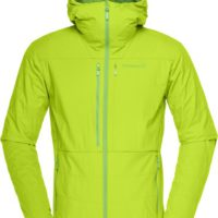 Norrøna Lofoten Powershield Pro Alpha Jacket ist die ideale Jacke zum Freeriden.   foto (c) Norrøna