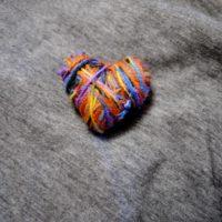 Ein richtiger Hingucker ist das selbstgesbastelte Herz.  foto (c) kinderoutdoor.de