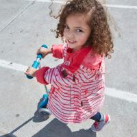 Reima Kinder Outdoorbekleidung ist mit UV Schutz ausgerüstet.  foto (c) reima