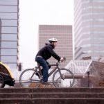 Fahrrad und Kinderanhänger fit für den Frühling: Erst checken, dann biken!