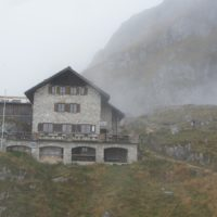 Endlich ist sie erreicht: Die Bad Kissinger Hütte am Fuße vom Aggenstein.   foto (c) kinderoutdoor.de