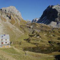 Auf Hütten mit KIndern führt Euch ganz weit rauf: Wie hier zur Rappenseehütte im Allgäu. foto (c) kinderoutdoor.de