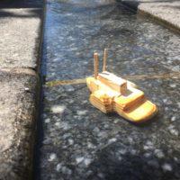 Wie das Original auf dem Mississippi liegt unser Flußdampfer ruhig im Wasser.   foto (c) kinderoutdoor.de