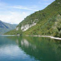 Bis zu 24 Grad warm kann das Wasser vom Idrosee sein. Er gehört zu den saubersten in Italien.   foto (c) kinderoutdoor.de