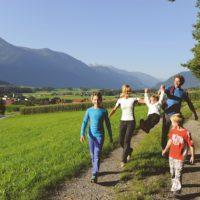 Familientouren bieten sich etliche rund um Innsbruck. Das Tolle daran: In kurzer Zeit seid Ihr von der Stadt in den Bergen.   foto (c) innsbruck tourismus
