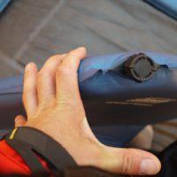 Robust ist das Ventil der Coleman Isomatte und kein Verschleißteil.  foto (c) kinderoutdoor.de
