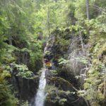 Canyoning mit Kindern in Warth-Schröcken: Wasserrutschen im Felsen