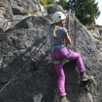 Sicherheit geht beim Klettern mit KIndern vor.  foto (c) kinderoutdoor.de