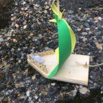 Kinder basteln ein Segelboot aus Holz: Auf große Regatta geht´s!