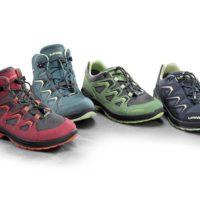 Hier ist die LOWA Innox Serie für Kinder zu sehen. Mit diesen Schuhen sind die Outdoorkids gut gerüstet.   foto (c) kinderoutdoor.de