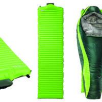 Die Therm-a-Rest NeoAir All Season Isomatte im Rucksack und Ihr schlaft auch im Winter oder Herbst angenehm draußen.  foto (c) therm a rest