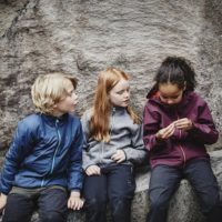 Haglöfs Junior ist Kinder Outdoorbekleidung in skandinavischen Design.   foto (c) haglöfs