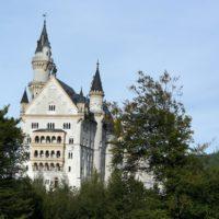 Wohnen wie bei Königs: Auch am Schloss Neuschwanstein kommt Ihr vorbei.  foto (c) kinderoutdoor.de