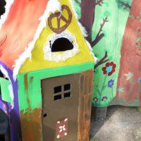 Bei der Schnitzeljagd Hexen bastelt Ihr mit den Kindern ein Hexenhaus.   foto (c) Kinderoutdoor.de