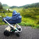 Kinderwagen wandern im Herbst: Kelten, Seen und Berggeister