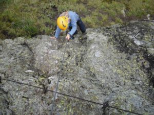 Klettersteig Ausrüstung : Klettersteig mit köpfchen ausrüstung technik und sicherheit