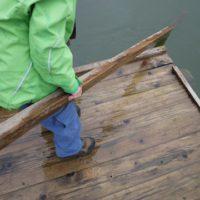 Zu Lande und auf dem Wasser überzeugt die Jack Wolfskin Kinder Outdoorhose Activate Pants Kids.  Foto (c) kinderoutdoor.de