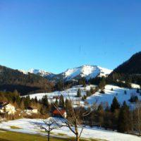Eine Skitour mit Kind auf´s Hochgrat ist ein besonderes Erlebnis im winterlichen Allgäu.   foto (c) kinderoutdoor.de