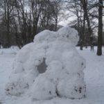 Iglu bauen für Kinder: Oval Office aus Eis