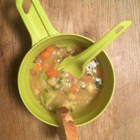 Hütten-Rezepte für Kinder: Kartoffelsuppen schmecken immer gut.   foto (c) kinderoutdoor.de